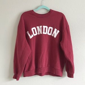 London graphic wild fable red sweatshirt XL